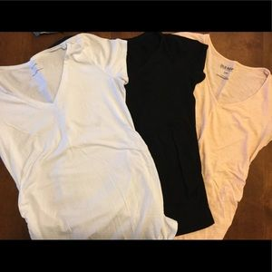 Bundle of 3 casual Maternity T-shirts